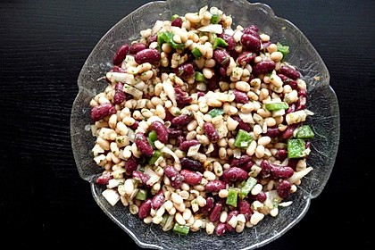 Griechischer Bohnensalat