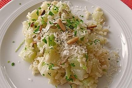 Kohlrabi - Risotto mit Pinienkernen 7