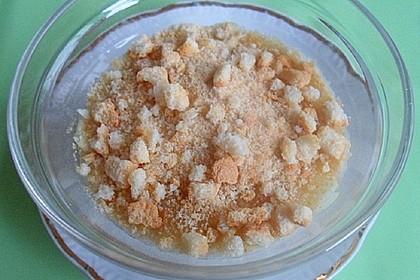 Leichter Apfeljoghurt mit Mandeln und Zwieback