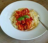 Nudeln mit Sellerie - Tomaten - Sauce (Bild)