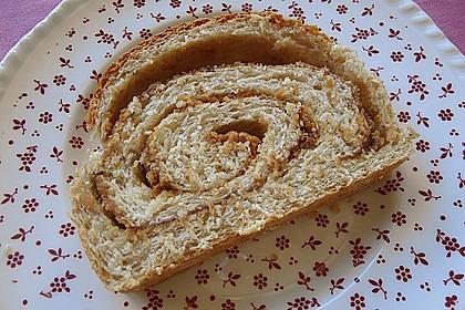 Erdnussbutter - Marmelade -  Brot
