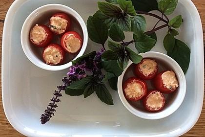 Gefüllte Tomaten mit Schafskäse - Creme 7