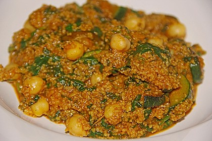 Couscous mit Zucchini, Kichererbsen und Blattspinat 5