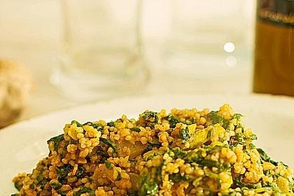 Couscous mit Zucchini, Kichererbsen und Blattspinat 1