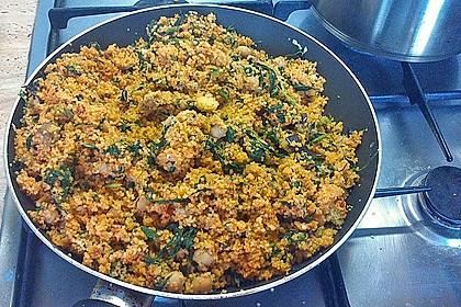 Couscous mit Zucchini, Kichererbsen und Blattspinat 14