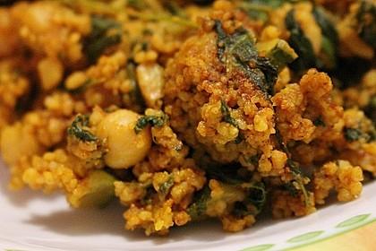 Couscous mit Zucchini, Kichererbsen und Blattspinat 15