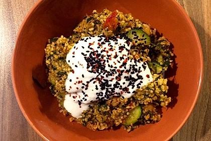 Couscous mit Zucchini, Kichererbsen und Blattspinat 10