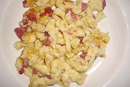 Käsespätzle mit Speck 12