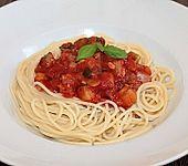 Spaghetti mediterran mit Zucchini und Tomaten