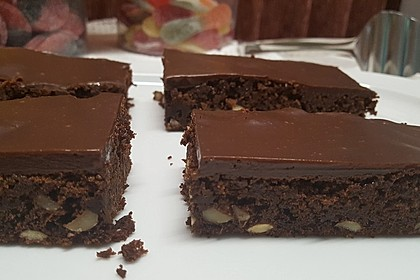 Sagenhafte Brownies mit Zucchini 7