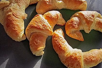 Croissants und Pains au chocolat 8
