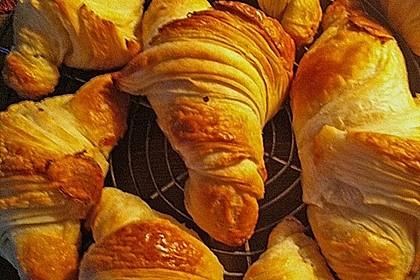 Croissants und Pains au chocolat 22