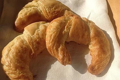 Croissants und Pains au chocolat 18
