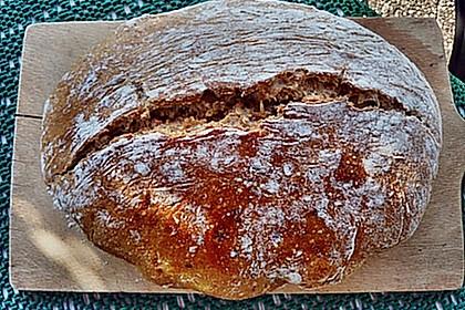 Rustikales Brot im Bräter 88