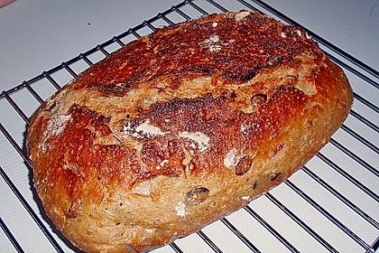 Rustikales Brot im Bräter 97