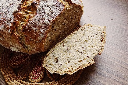 Rustikales Brot im Bräter 38