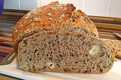 Rustikales Brot im Bräter 1