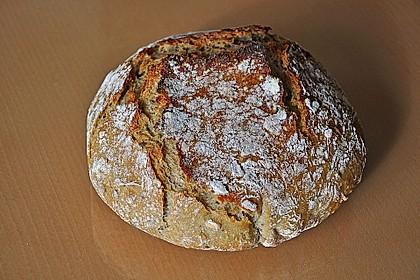 Rustikales Brot im Bräter 23
