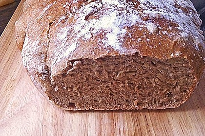 Rustikales Brot im Bräter 67