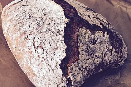 Rustikales Brot im Bräter 118