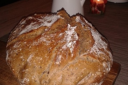 Rustikales Brot im Bräter 25