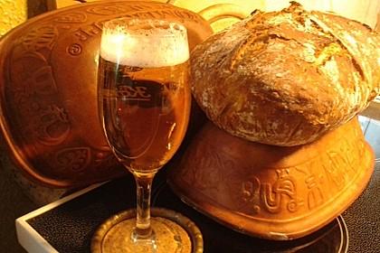 Rustikales Brot im Bräter 48
