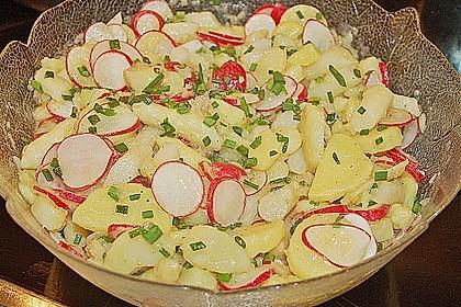 Leichter Kartoffel-Spargelsalat mit Radieschen 7