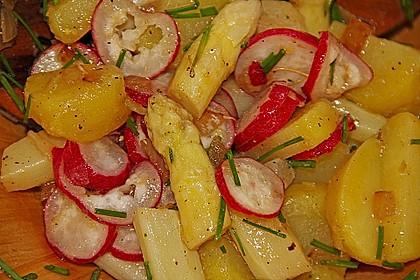 Leichter Kartoffel-Spargelsalat mit Radieschen 6