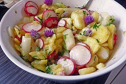 Leichter Kartoffel-Spargelsalat mit Radieschen 2