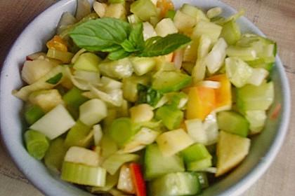 Fenchelsalat mit Apfel und Gurke 11