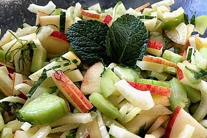 Fenchelsalat mit Apfel und Gurke 3