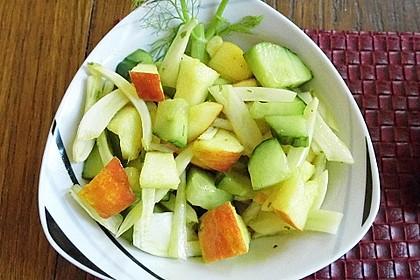 Fenchelsalat mit Apfel und Gurke