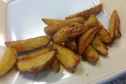 Rosmarinkartoffeln aus dem Ofen 20