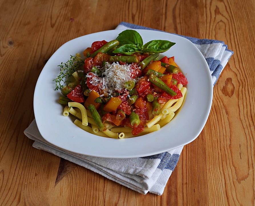 pasta mit gr nen bohnen tomaten und paprika rezept mit bild. Black Bedroom Furniture Sets. Home Design Ideas