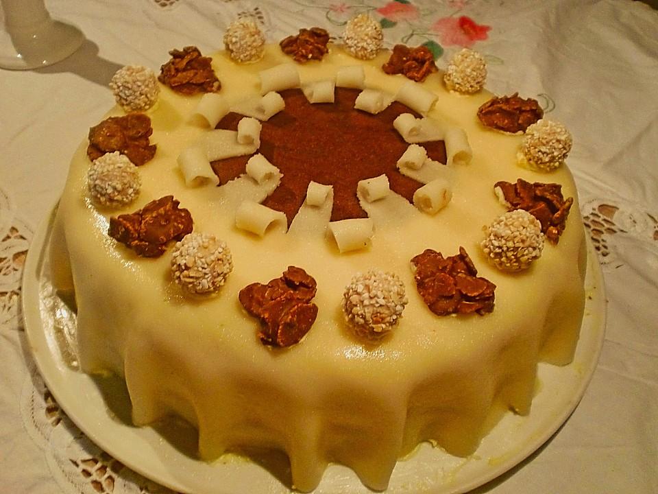 Eikos buttercreme marzipan torte rezept mit bild - Torten dekorieren mit marzipan ...