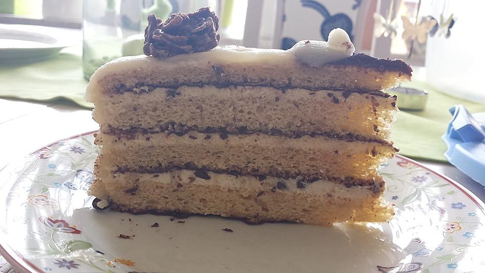 eikos buttercreme marzipan torte rezept mit bild. Black Bedroom Furniture Sets. Home Design Ideas