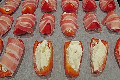 Frischkäse - Paprika - Schiffchen im Speckmantel 35