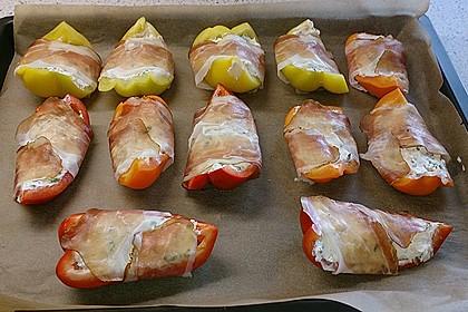 Frischkäse - Paprika - Schiffchen im Speckmantel 41