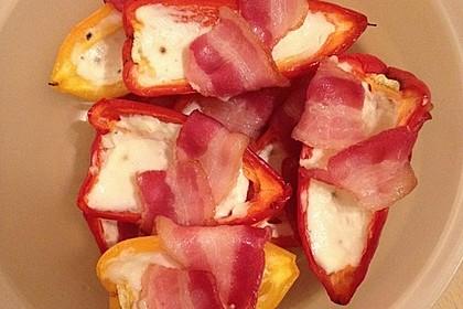 Frischkäse - Paprika - Schiffchen im Speckmantel 32