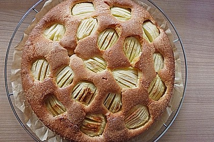 Megaleckerer Apfelkuchen nach Tante Uschi 22