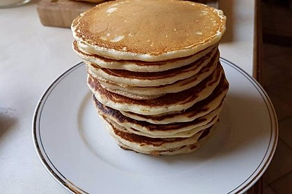 Fluffy Buttermilk Pancakes 16