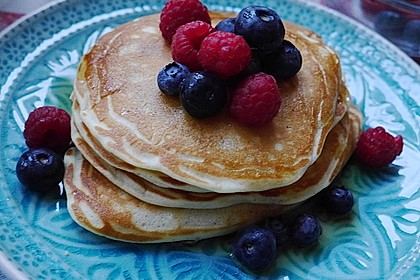 Fluffy Buttermilk Pancakes 4