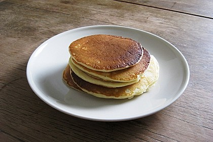 Fluffy Buttermilk Pancakes 35