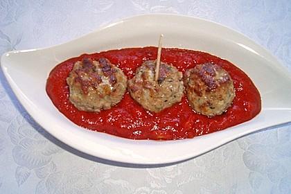 Mini - Frikadellen auf Tomatensauce 2