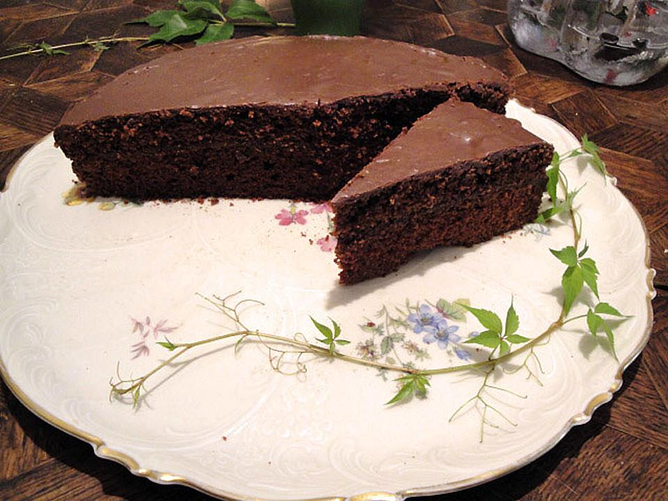 gef llter saftiger schokoladenkuchen rezept mit bild. Black Bedroom Furniture Sets. Home Design Ideas