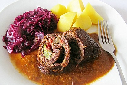 Rouladen in Rotweinsauce