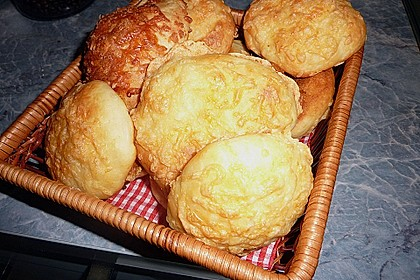 Käsebrötchen 0