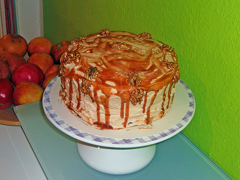 apfel walnuss torte mit karamell cream cheese frosting rezept mit bild. Black Bedroom Furniture Sets. Home Design Ideas