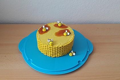 Apfel - Walnuss Torte mit Karamell - Cream Cheese Frosting