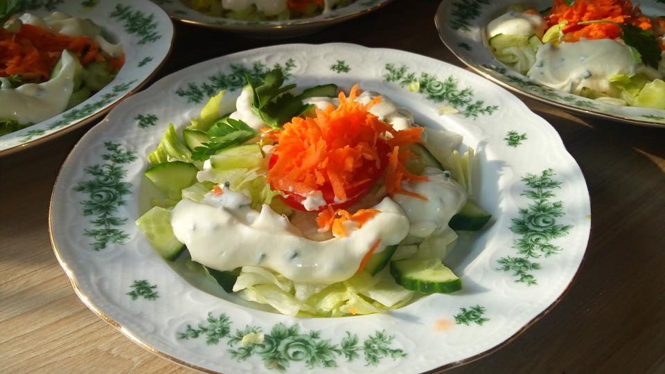Salat mit fettarmen dressing